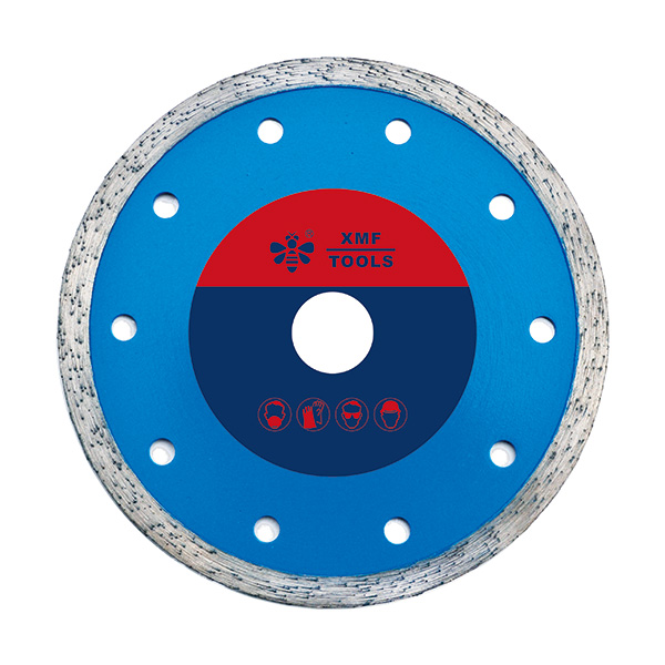 Continuous saw blade