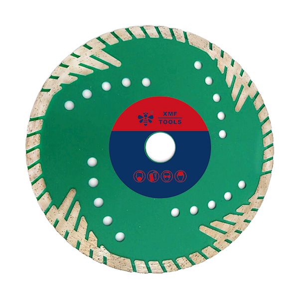 Turbo Blade With Protective Teeth